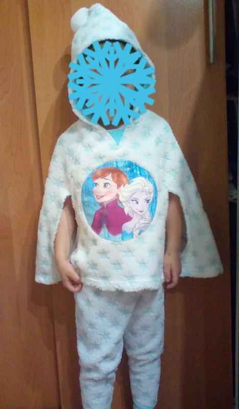 Пижама,костюм с принцессами фрозен на 2-3 годика