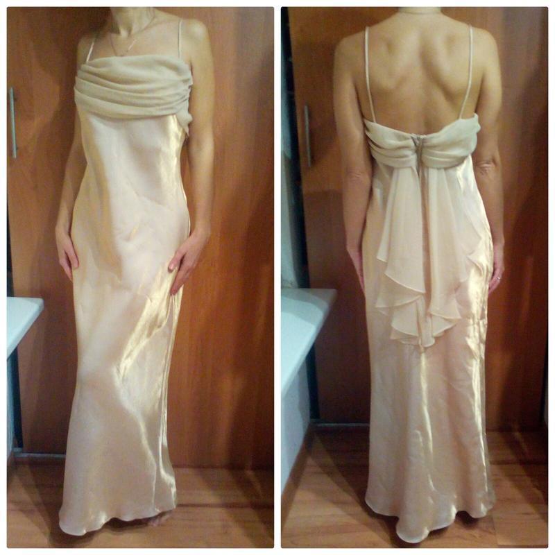 Золотистое вечернее платье,на выпускной м