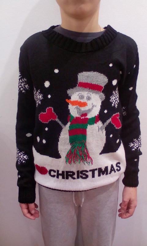 Новогодний свитшот, свитер на 9-10 лет