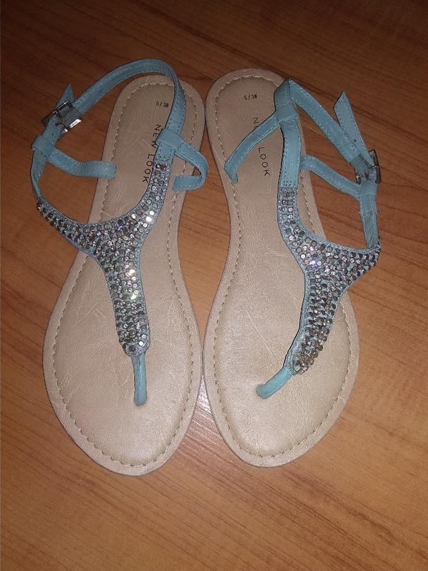 Красивые босоножки, сандали 38р.