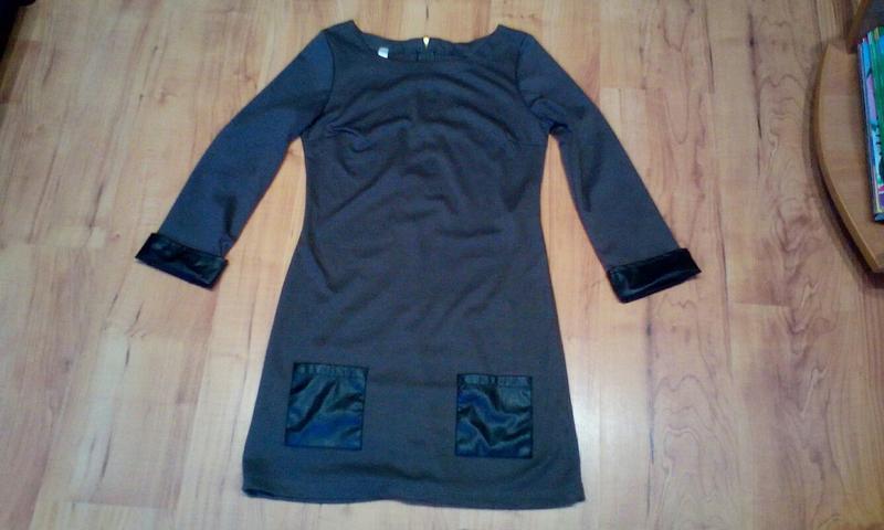Стильное платье с кожаными вставками - Фото 3