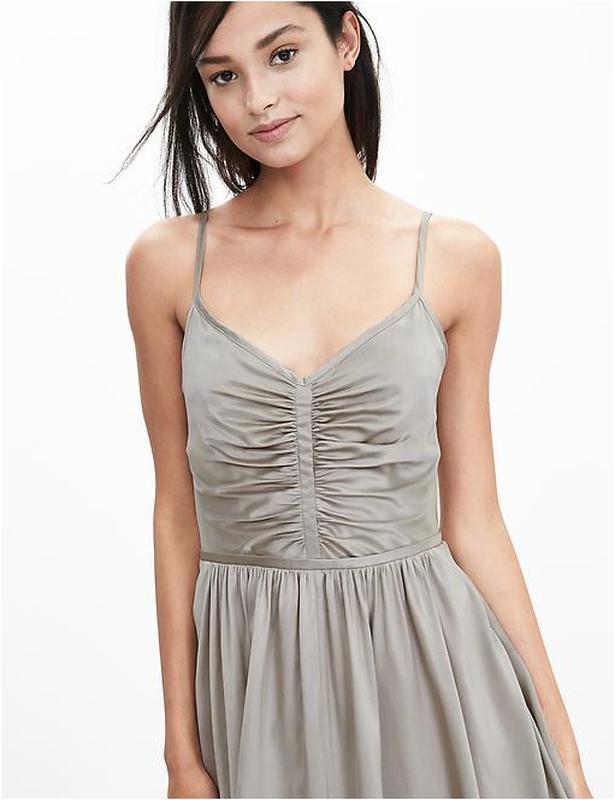 Платье шелковое новое размер 4p