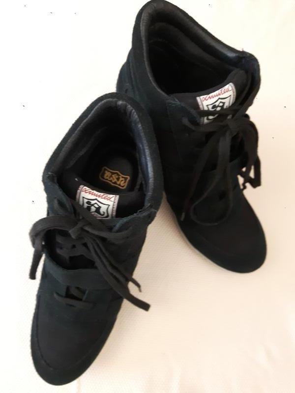 Ботинки женские черные новые