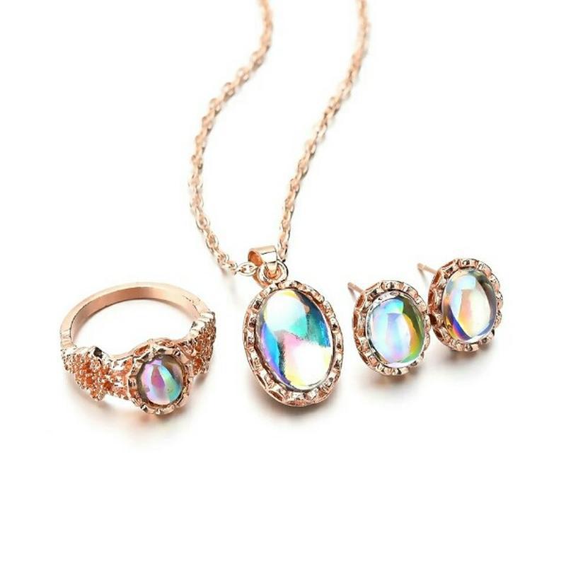 Комплект украшений серьги, кулон и кольцо