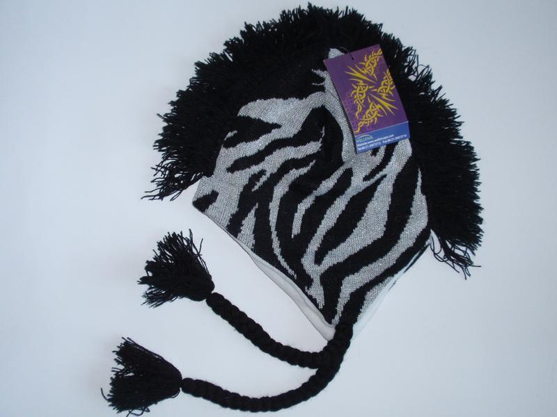 Красивая шапка для девочки на флисе флис , теплая шапочка