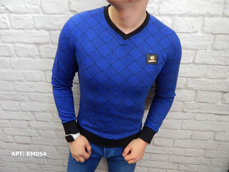 Мужской пуловер свитер размер s отличное качество