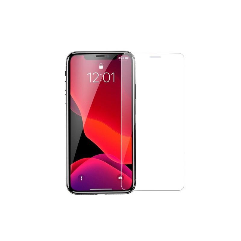 Защитное стекло на iPhone 11