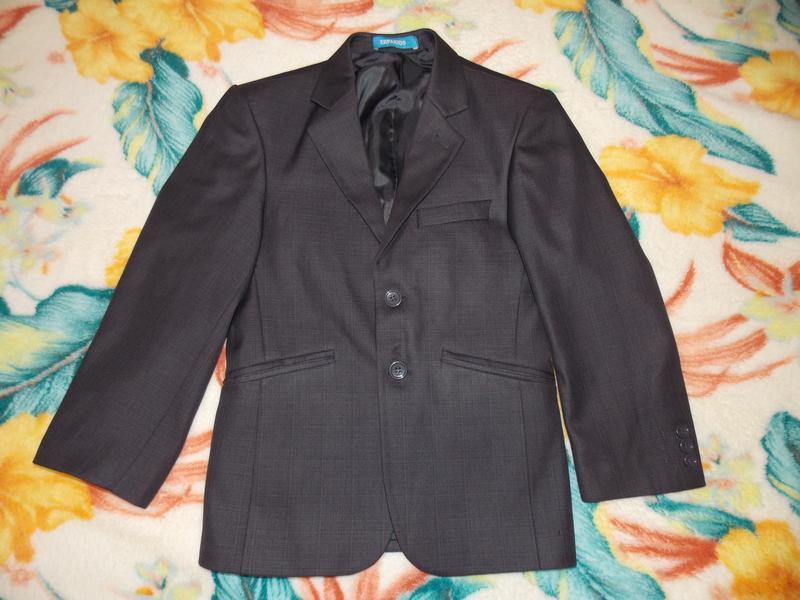 Школьная форма на мальчика ( пиджак и брюки ) на 8 - 10 лет - Фото 2