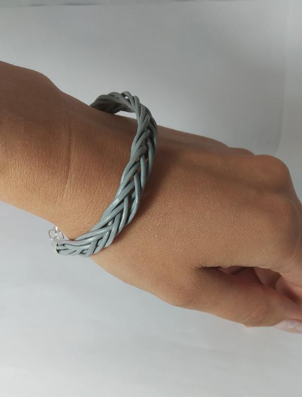 Эксклюзивный кожаный браслет