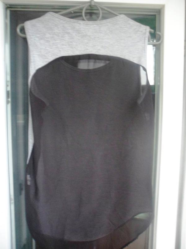 Серая майка футболка pilot с принтом крест шифоновая спина - Фото 2