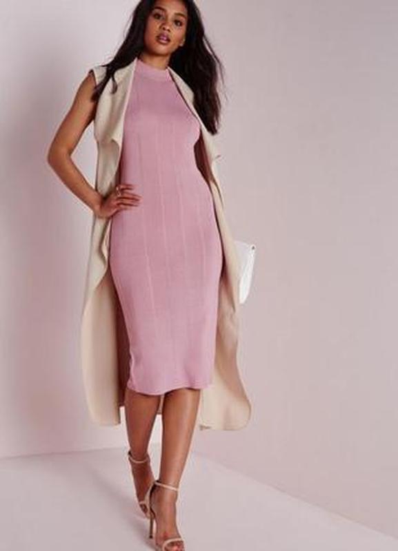 Розовое платье миди internacionale облегающее с рукавом трикот...