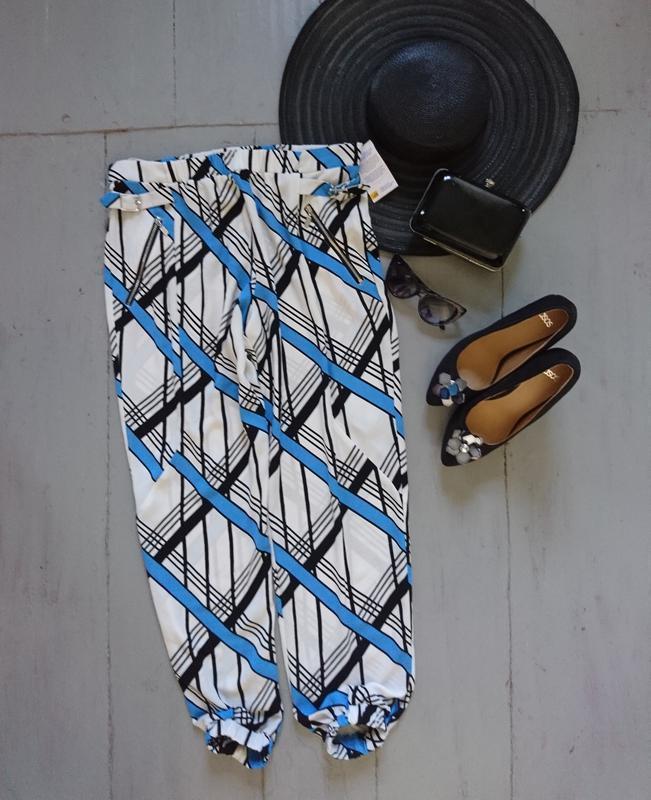 Легкие летние брюки в геометрический принт №170