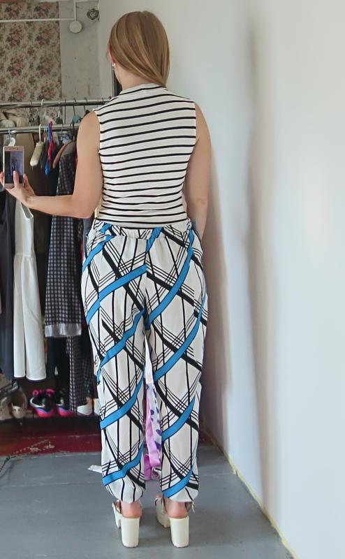 Легкие летние брюки в геометрический принт №170 - Фото 5