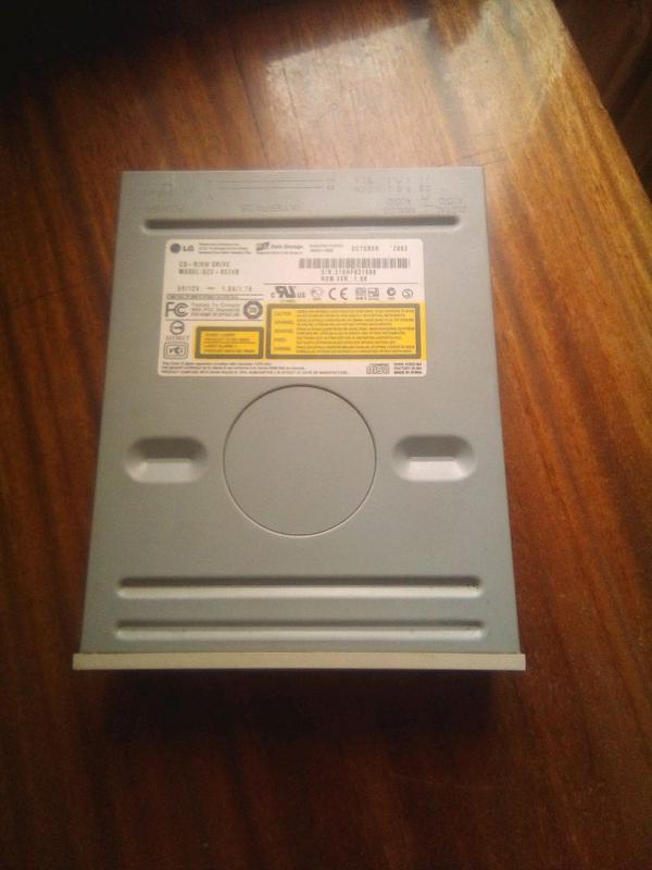 CD-RW дисковод