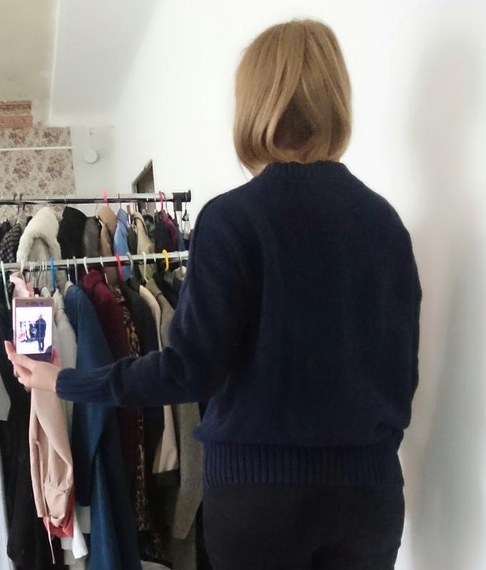 Актуальный плотный свитер с люверсами №33 - Фото 5