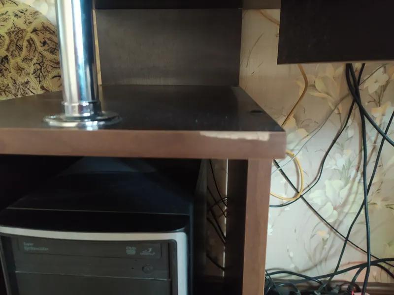 Продам компьютерный стол - Фото 2