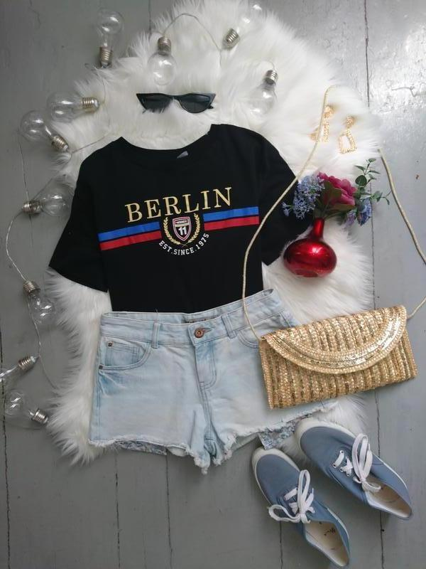 Актуальные джинсовые шорты с выглядывающими карманами №307