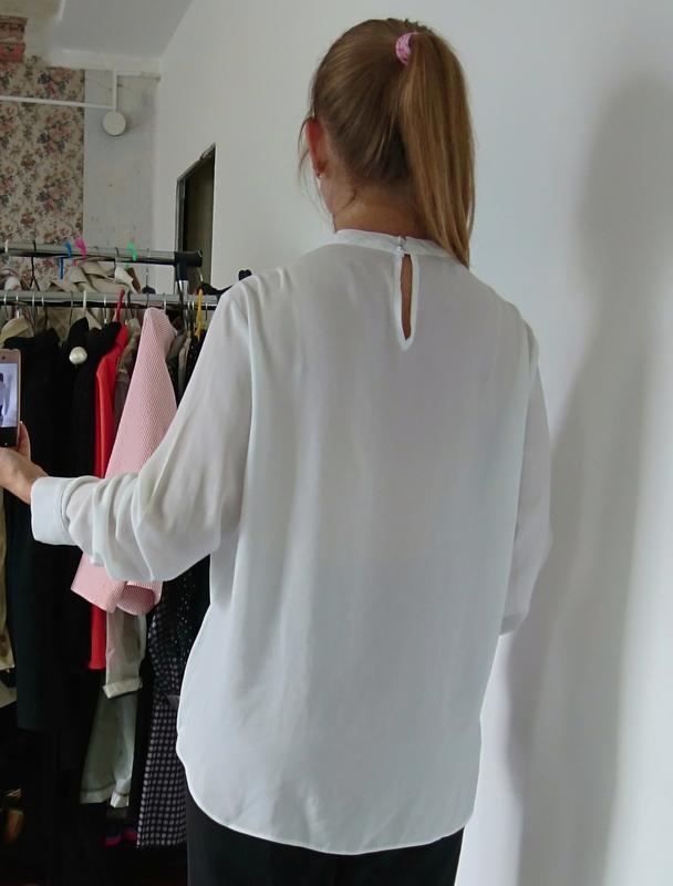 Актуальная блуза на запах с чокером №23 - Фото 5