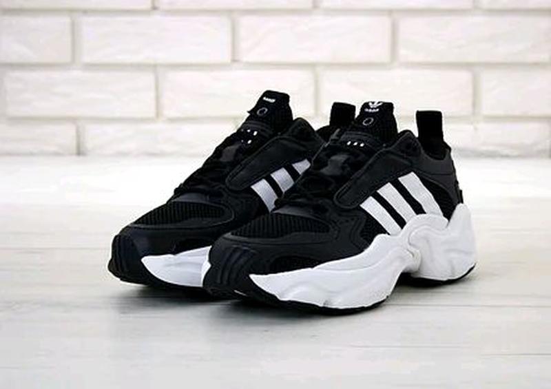 Мужские кроссовки Adidas Consortium x Naked Magmur Runner черные - Фото 3