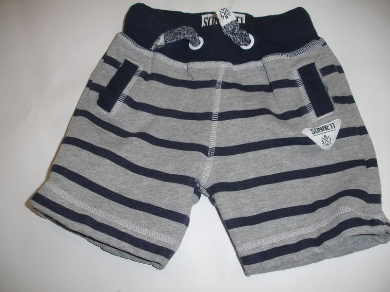 Фирменные крутые трикотажные шорты мальчику 4-5 лет идеал