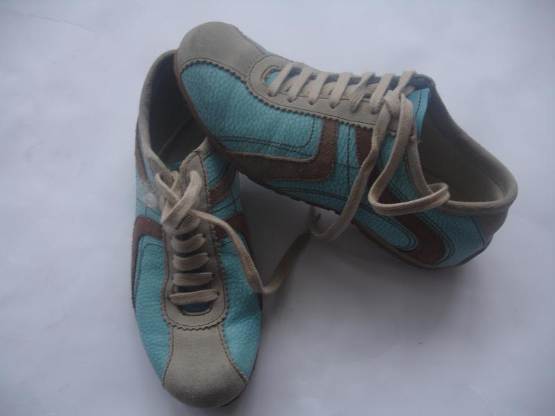 Фирменные кожаные (испания) кроссовки унисекс в идеале - Фото 3
