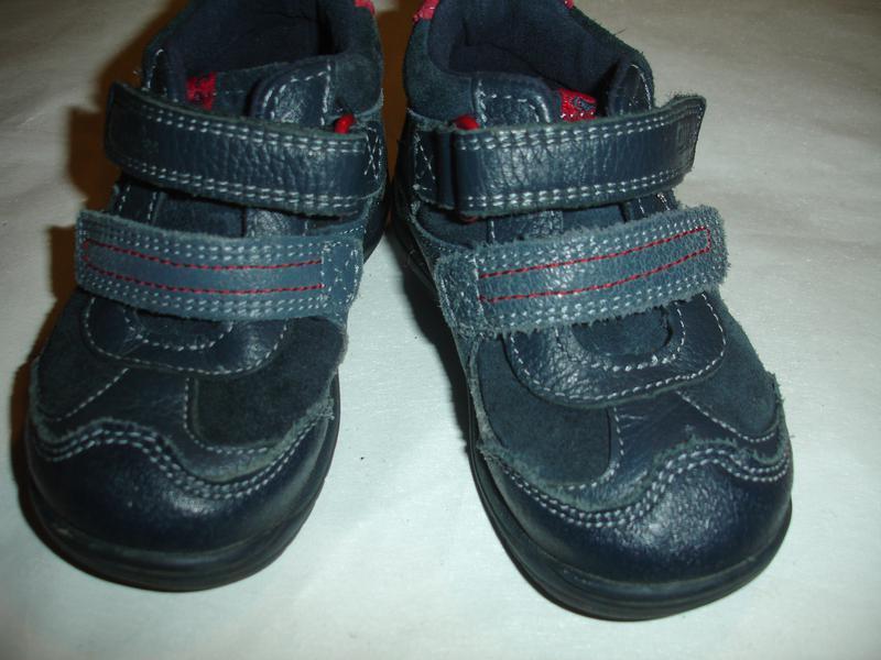 Фирменные clarks кожаные деми ботинки на 21 размер идеал