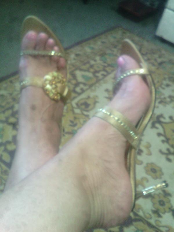 Золотые супер босоножки