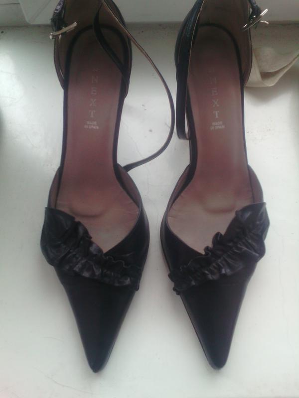 Кожаные открытые туфли супер тренд узкий носок кожа