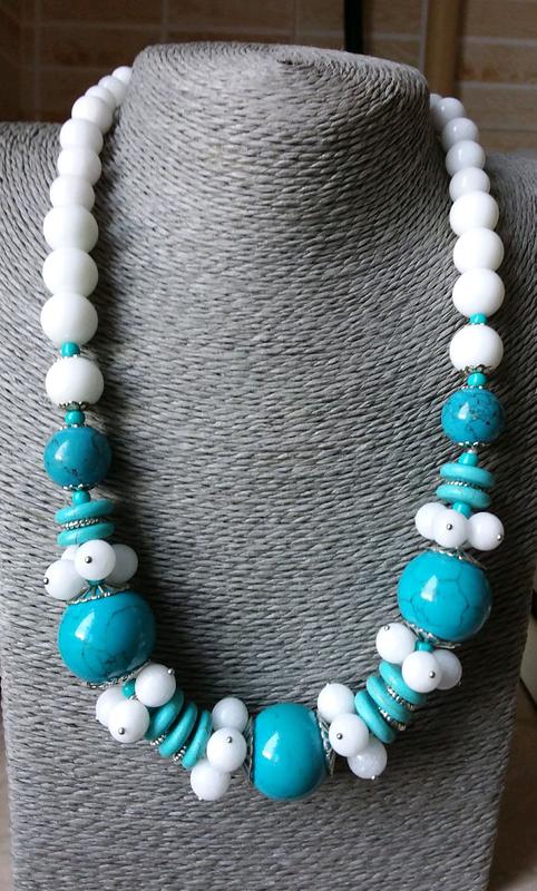 Ожерелье бирюза,белый нефрит