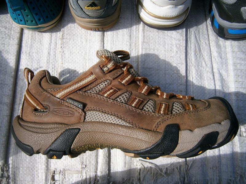 Кросівки туристичні keen оригінал кожа натуральна, мембрана