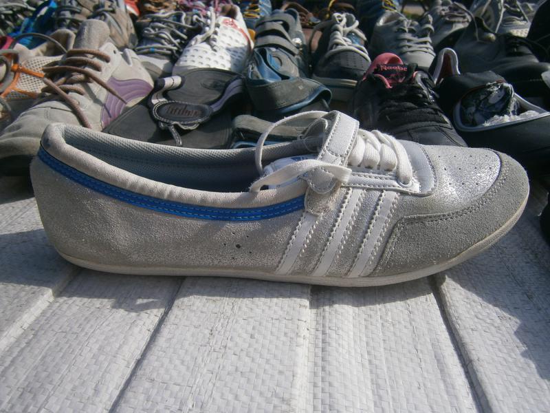 Мокасіни women's adidas originals concord round shoes metallic...