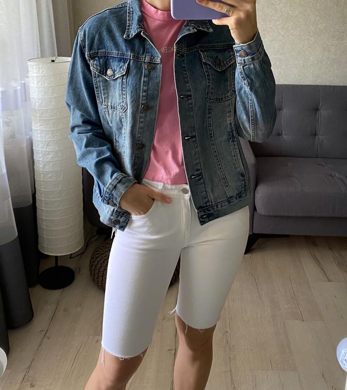 Джинсовая куртка, джинсовка с нашивкой topshop - Фото 4
