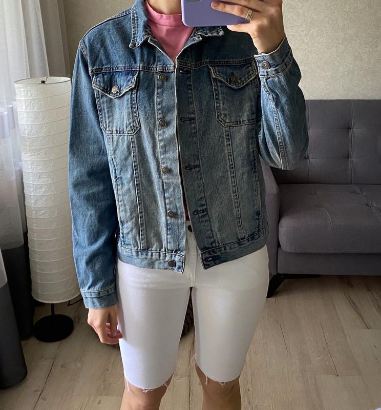 Джинсовая куртка, джинсовка с нашивкой topshop - Фото 6
