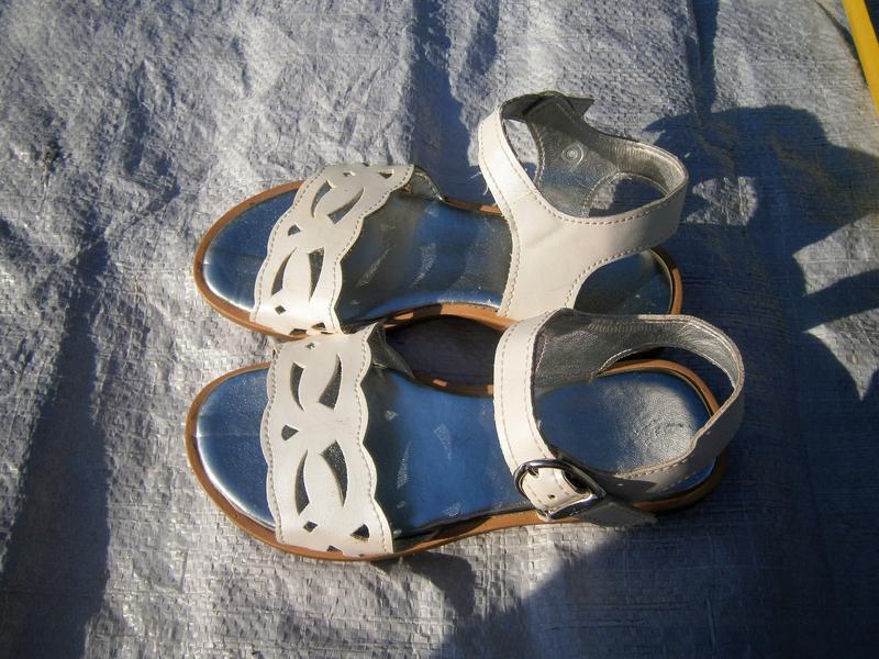 Босоніжки оригінал натуральна кожа
