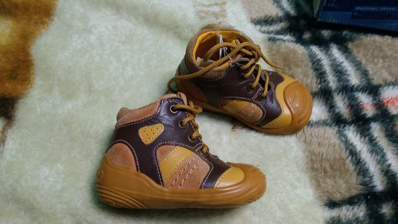 Ботинки 18 р. chicco