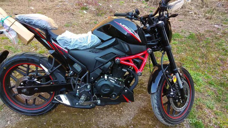 Lifan RS200\\Є великий вибір Мотоциклів і Скутерів!