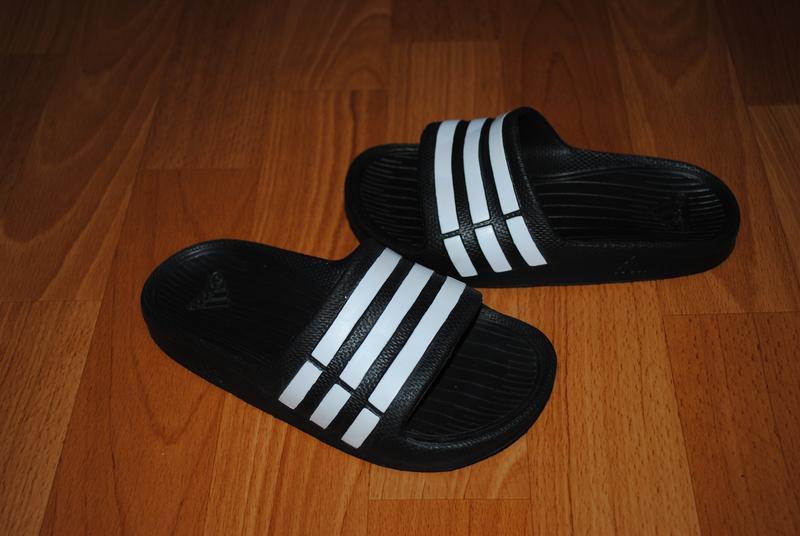 Шлепки adidas 28 р - Фото 3