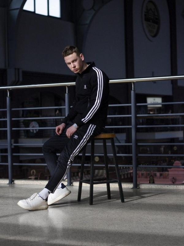 Спортивные штаны мужские укороченные adidas stich черные - Фото 6