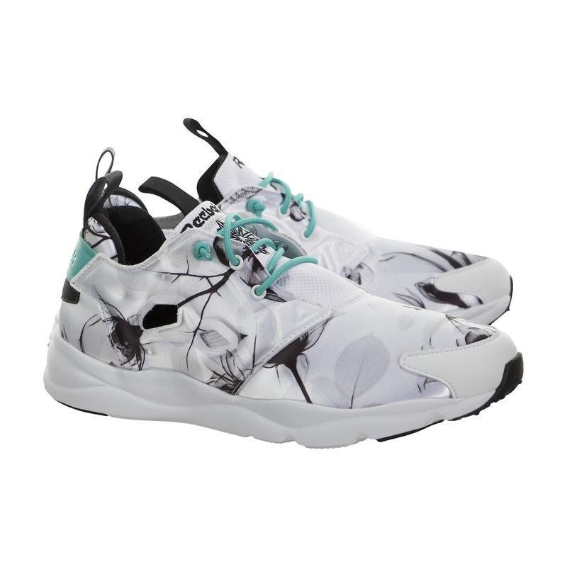 Классные кроссовки от reebok