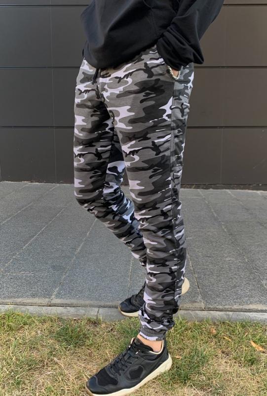 Мужские спортивные штаны камуфляж - Фото 4