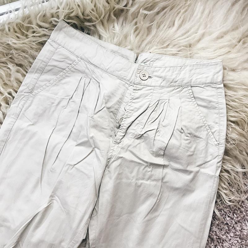 Светлые штаны от stradivarius - Фото 2