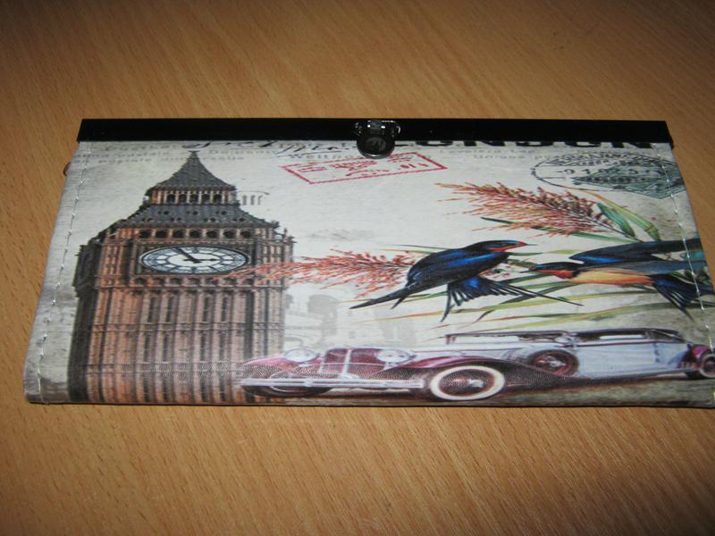Женский кошелечек с логотипом лондона