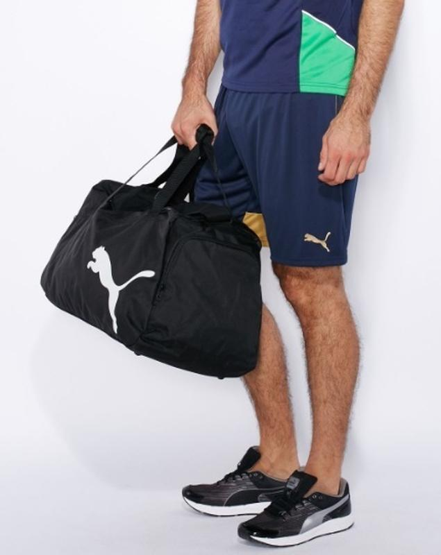 Вместительная оригинальная спортивная сумка puma