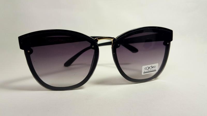 Солнцезащитные очки - Фото 7