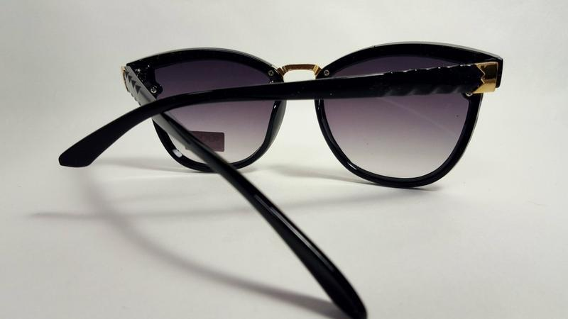 Солнцезащитные очки - Фото 8