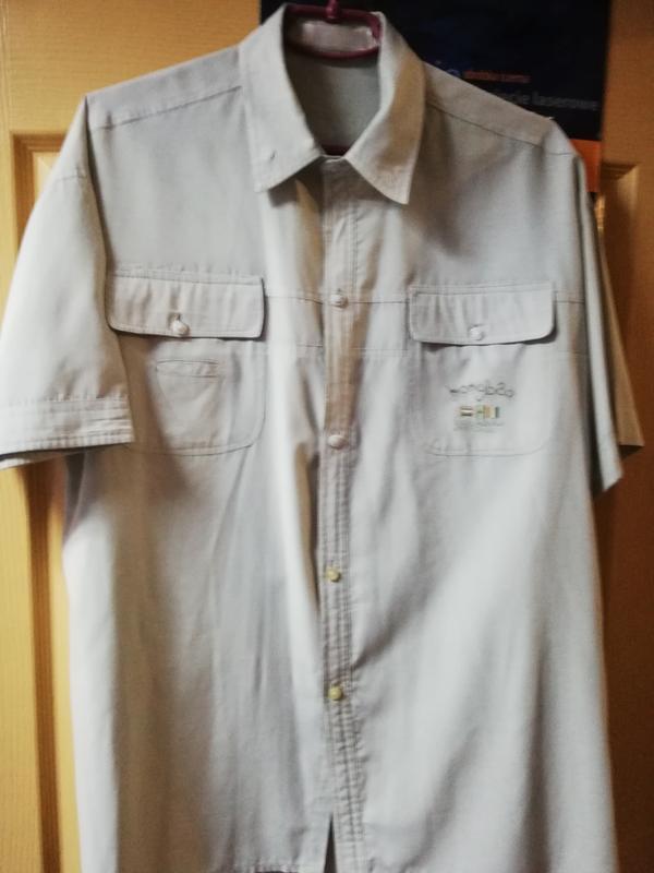 Мужская рубашка короткий рукав светло-серый цвет.