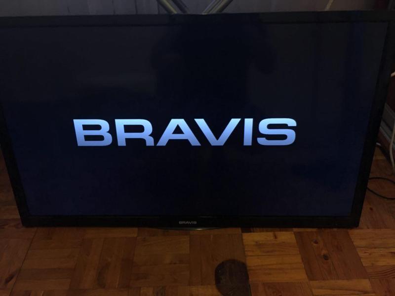 Телевизор BRAVIS LED-DH42416B