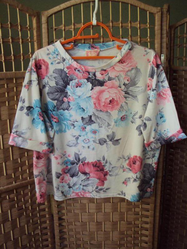 Классная блуза-футболка, своя
