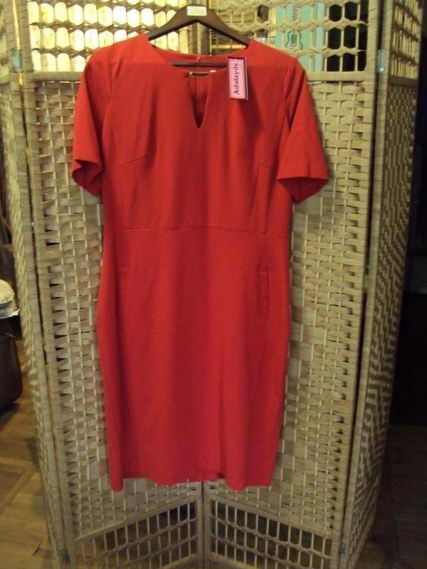 Шикарное новое красное платье adayde