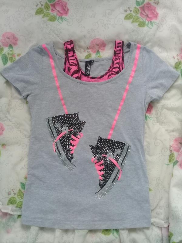 Модная футболка с кедами coolcat